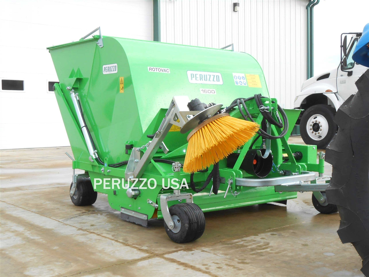Pto Powered 60 Quot Collection Sweeper For Turf Clippings